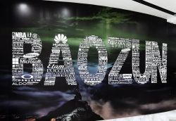 Baozun Shares Hit Record High as Earnings Top Estimates
