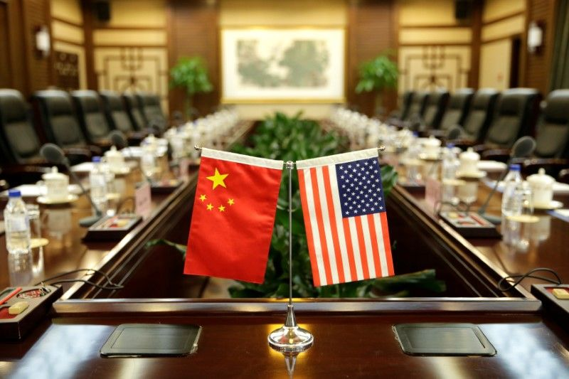 U.S. Pressing China to Cut Trade Surplus by $100 Billion
