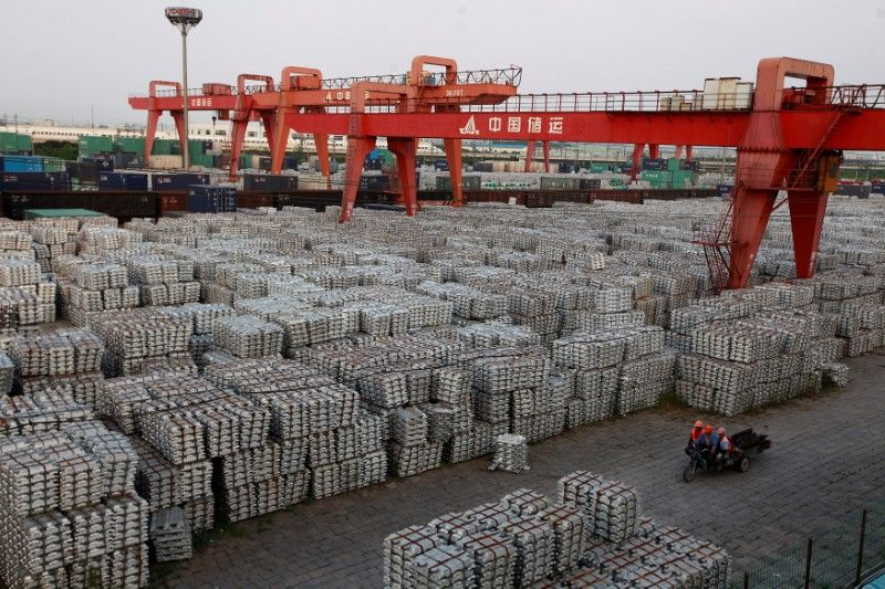 China Aluminum Inventory Drops For First Time Since June