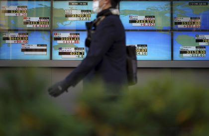 Global Stocks, Oil Suffer as U.S.-China Trade Spat Heats Up