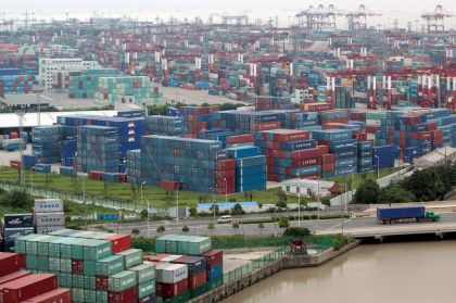 China's Trade Surplus With U.S. Hits Record as Exporters Rush to Beat Tariffs