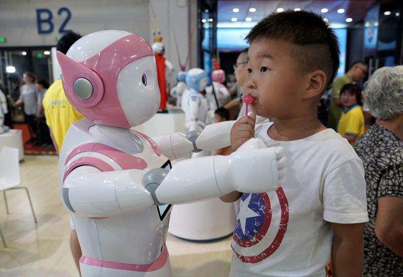 China Robot Market Growth to Slump This Year as Trade War Weighs