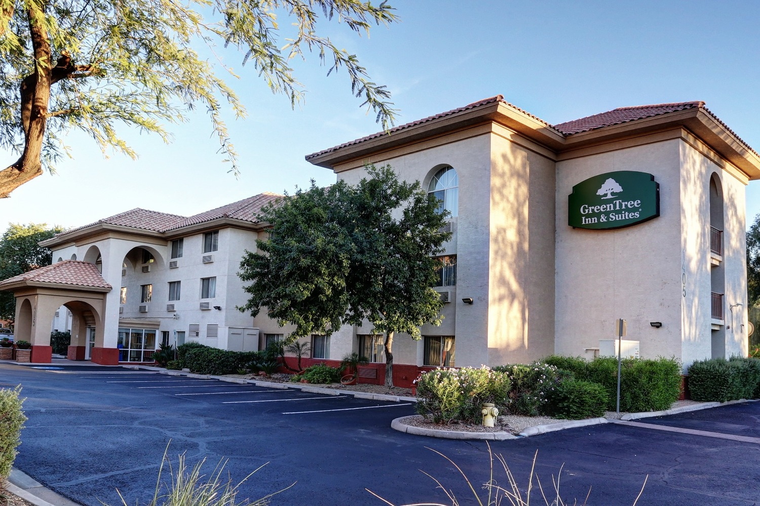 GreenTree Hospitality Reports Surging Revenue in Fourth Quarter, Higher Profits