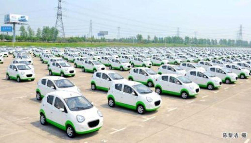 Kandi Accelerates 6% on Green Light for new EV Model, the Maple 60V